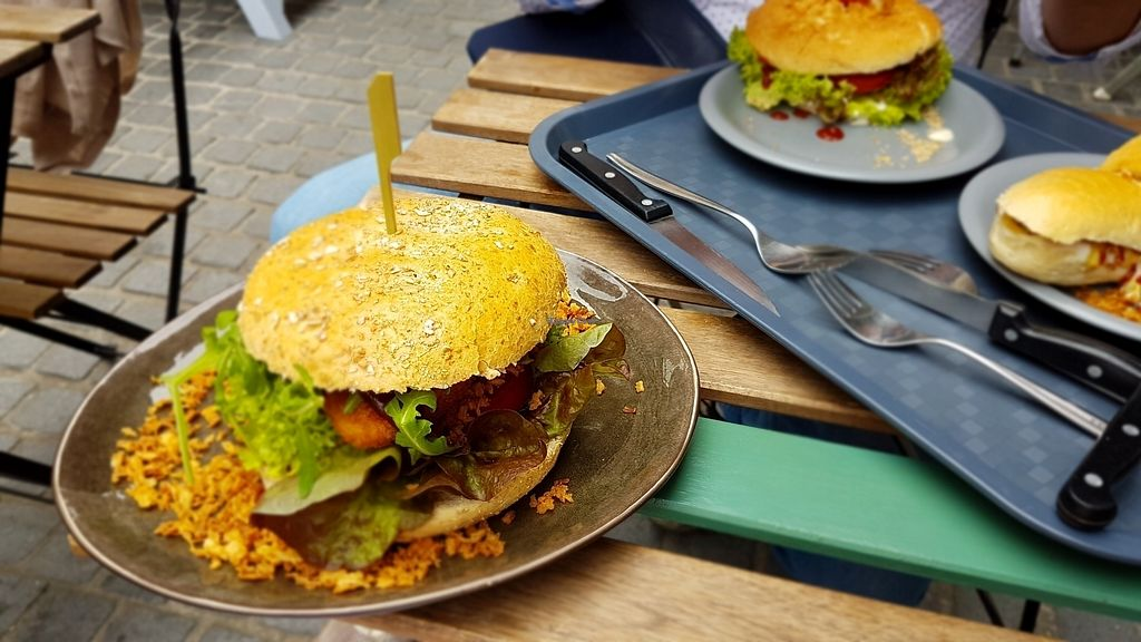 "Photo of VegaVerso  by <a href=""/members/profile/mon1que"">mon1que</a> <br/>No chicken burger <br/> August 13, 2017  - <a href='/contact/abuse/image/50624/292228'>Report</a>"