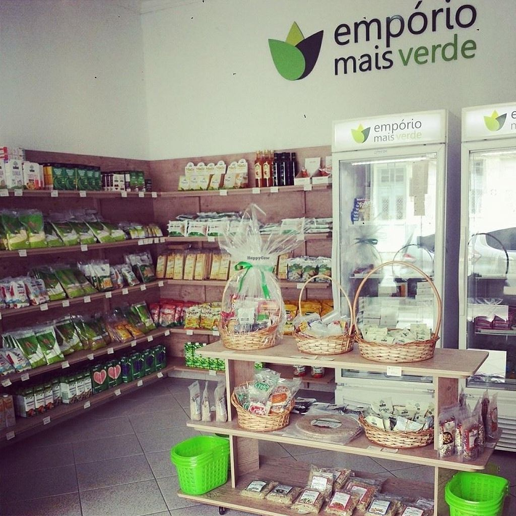 """Photo of Emporio Mais Verde  by <a href=""""/members/profile/community"""">community</a> <br/>Emporio Mais Verde  <br/> March 16, 2015  - <a href='/contact/abuse/image/50651/95852'>Report</a>"""