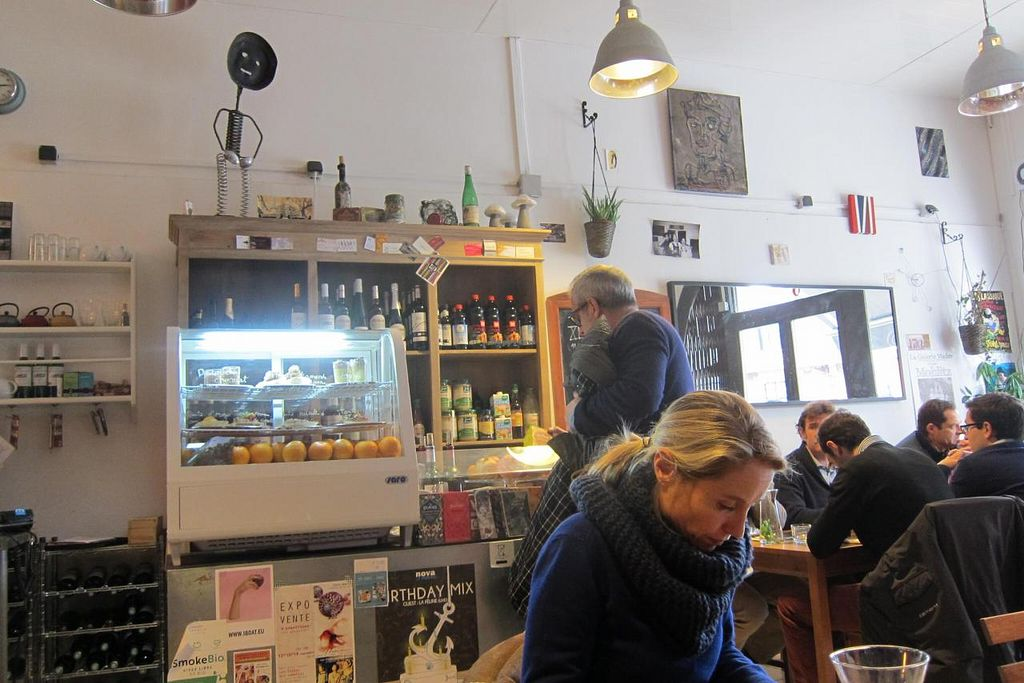 """Photo of Rest'o  by <a href=""""/members/profile/Aurelia"""">Aurelia</a> <br/>A look inside the restaurant on a busy Monday at lunchtime <br/> December 9, 2014  - <a href='/contact/abuse/image/50697/87520'>Report</a>"""