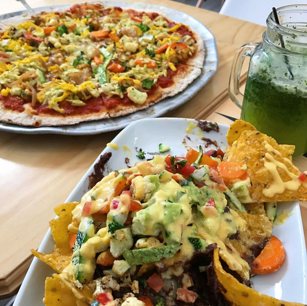 """Photo of Mantras - San Pedro  by <a href=""""/members/profile/TJ"""">TJ</a> <br/>pizza & nachos <br/> January 7, 2017  - <a href='/contact/abuse/image/50810/209083'>Report</a>"""