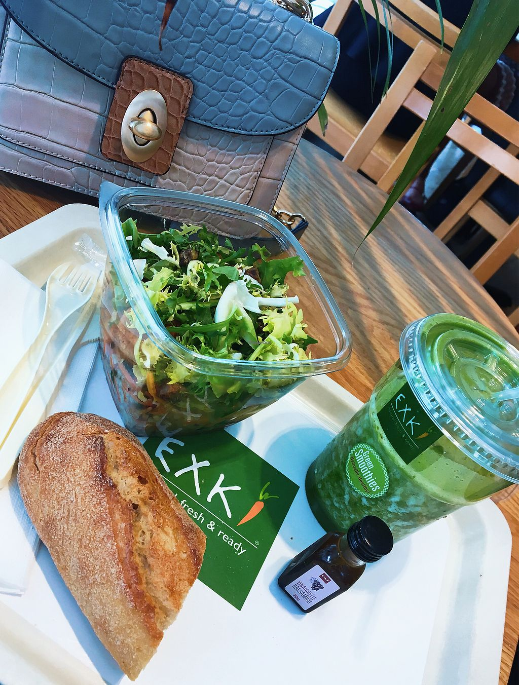 """Photo of Exki - Place De Brouckere  by <a href=""""/members/profile/tcsengusz"""">tcsengusz</a> <br/>Yummy salad w/ a green smoothie <br/> September 12, 2017  - <a href='/contact/abuse/image/50823/303716'>Report</a>"""