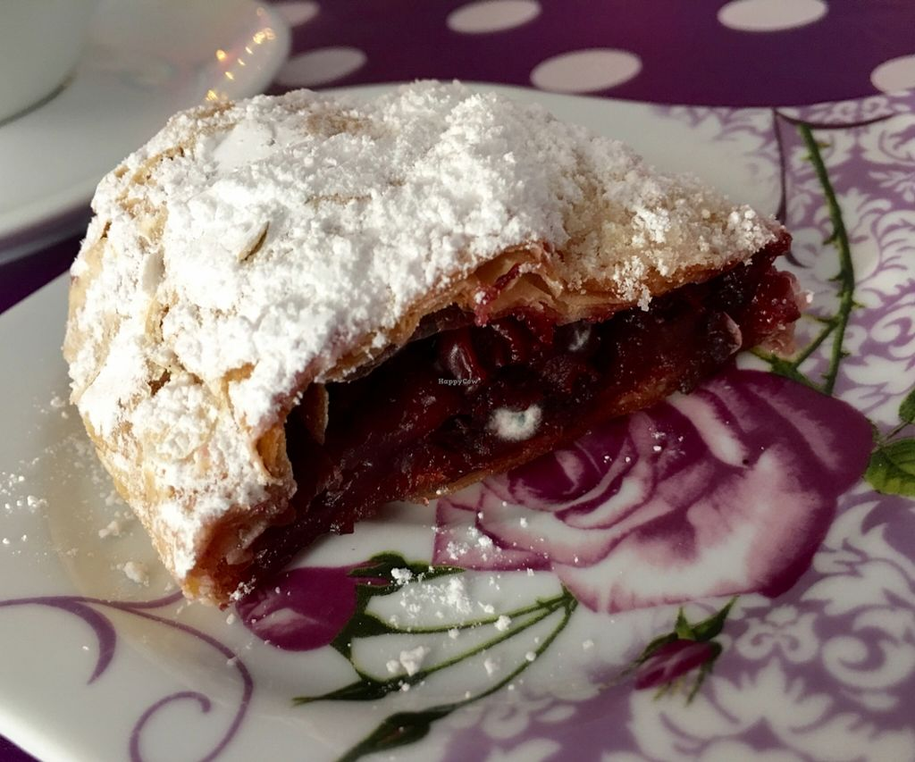 """Photo of CLOSED: Veel Good  by <a href=""""/members/profile/marky_mark"""">marky_mark</a> <br/>serbian cherry strudel <br/> March 12, 2016  - <a href='/contact/abuse/image/50869/139697'>Report</a>"""