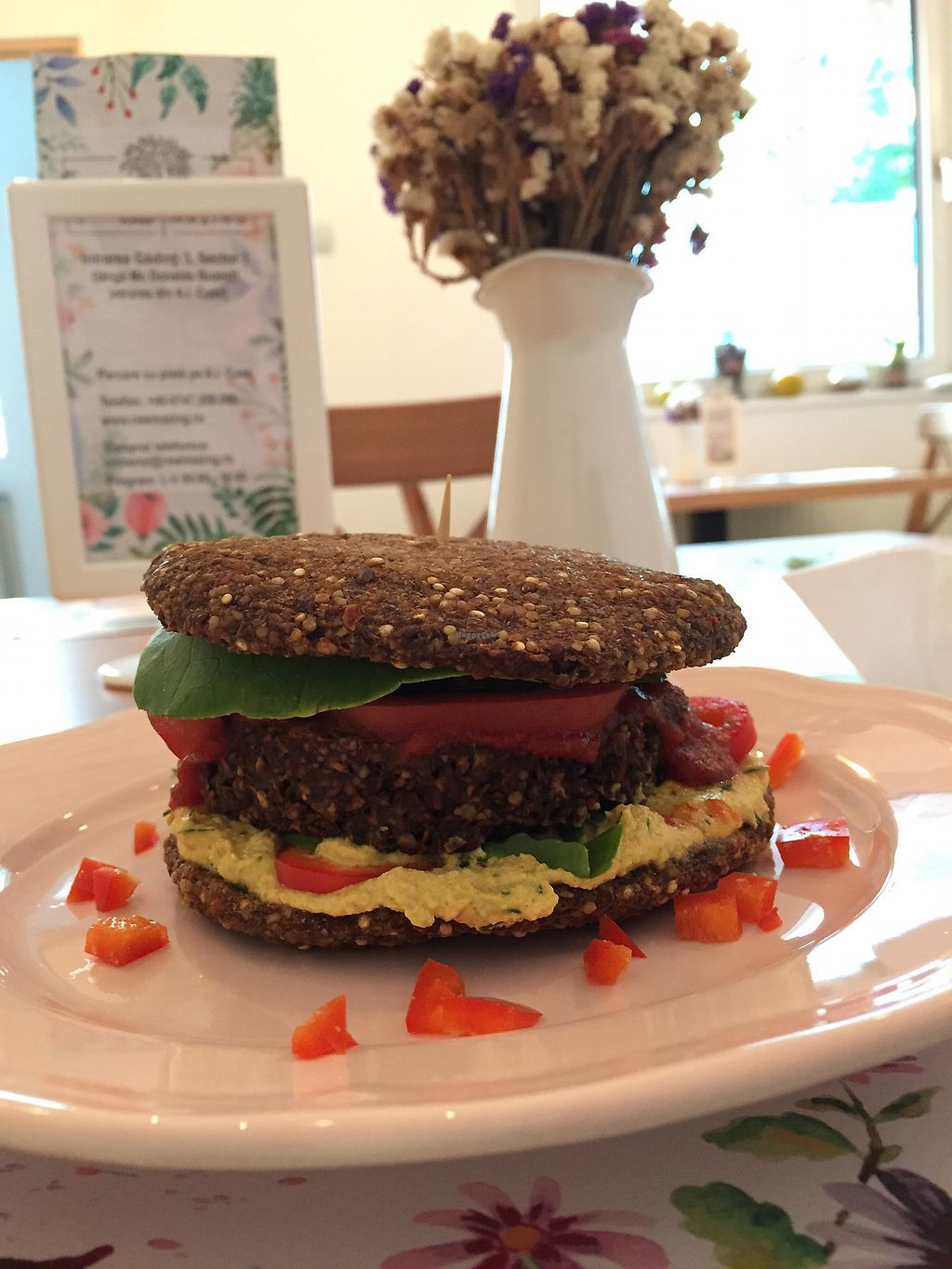 """Photo of Rawmazing  by <a href=""""/members/profile/Knauji82"""">Knauji82</a> <br/>Raw burger <br/> October 8, 2017  - <a href='/contact/abuse/image/50971/313154'>Report</a>"""