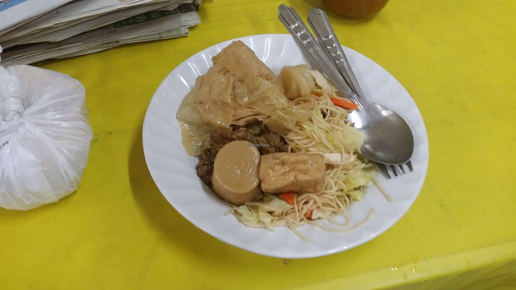 """Photo of CLOSED: A-Ma  by <a href=""""/members/profile/yehadut"""">yehadut</a> <br/>Various things I pointed to, with noodles instead of the usual rice <br/> October 5, 2015  - <a href='/contact/abuse/image/50981/120260'>Report</a>"""