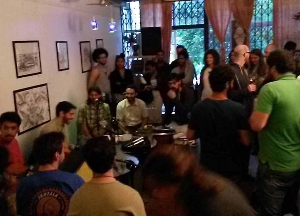 "Photo of Espaco Compasso  by <a href=""/members/profile/DenisPrague"">DenisPrague</a> <br/>While waiting for food, a lovely band played some music. it was a great vibe <br/> May 17, 2015  - <a href='/contact/abuse/image/51004/241514'>Report</a>"