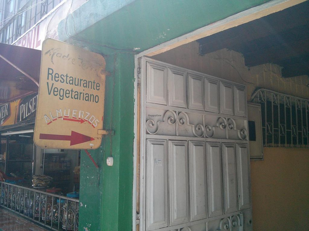 """Photo of CLOSED: Restaurante Vegetariano Amazonas  by <a href=""""/members/profile/earthville"""">earthville</a> <br/>The sign in front of the doorway <br/> September 8, 2014  - <a href='/contact/abuse/image/51045/79431'>Report</a>"""
