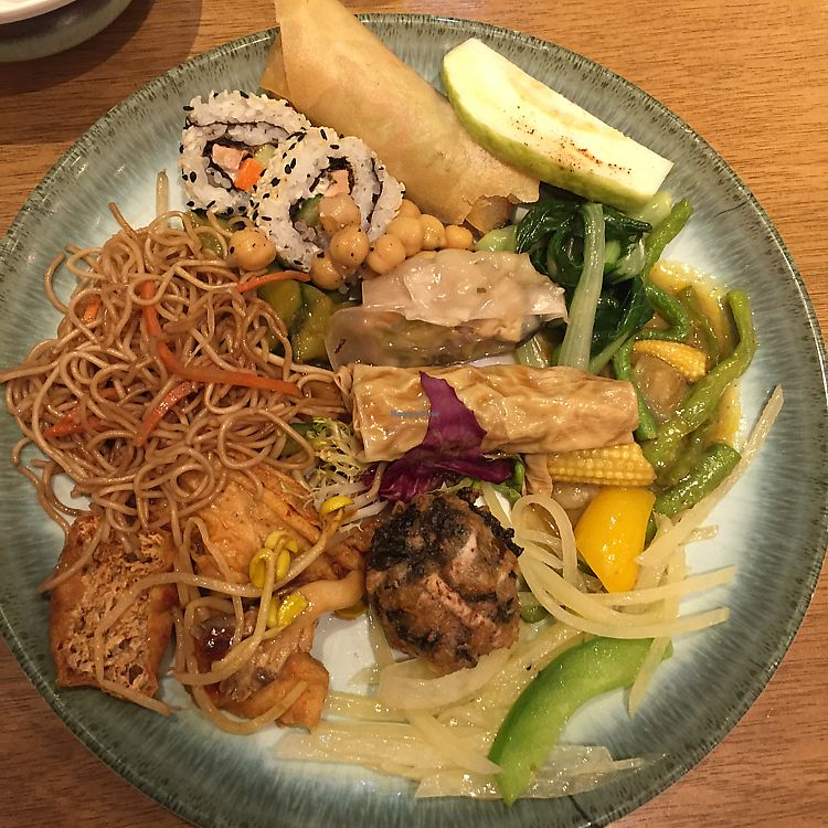 """Photo of Inno Veggie  by <a href=""""/members/profile/Ashni"""">Ashni</a> <br/>mixed selection from dinner buffet <br/> February 4, 2018  - <a href='/contact/abuse/image/51076/354920'>Report</a>"""