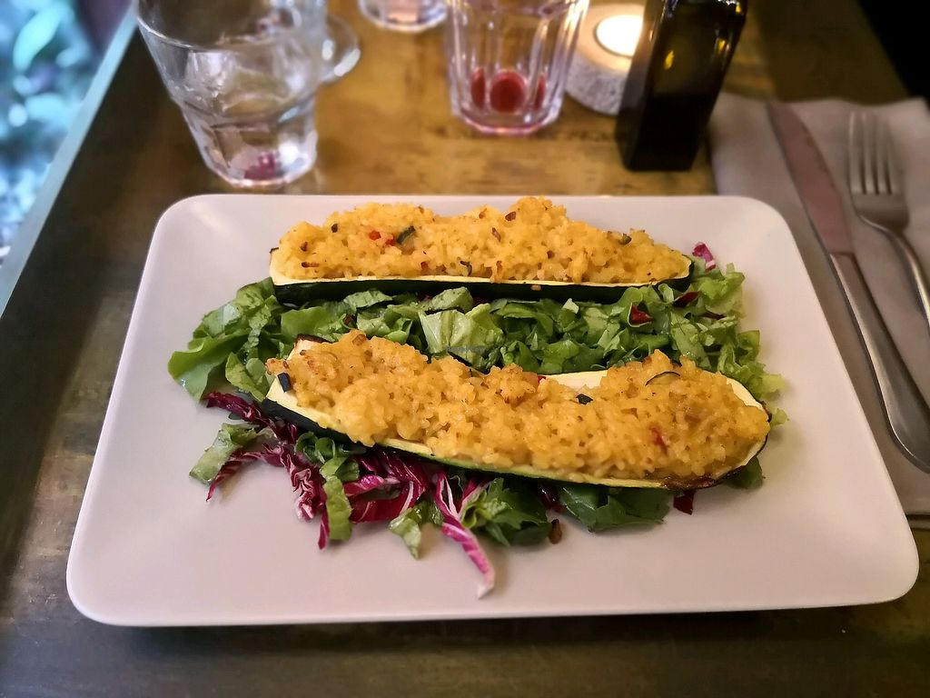 "Photo of Tipico  by <a href=""/members/profile/MaxSievers"">MaxSievers</a> <br/>stuffed courgettes on leaf salad <br/> May 8, 2018  - <a href='/contact/abuse/image/51098/397101'>Report</a>"