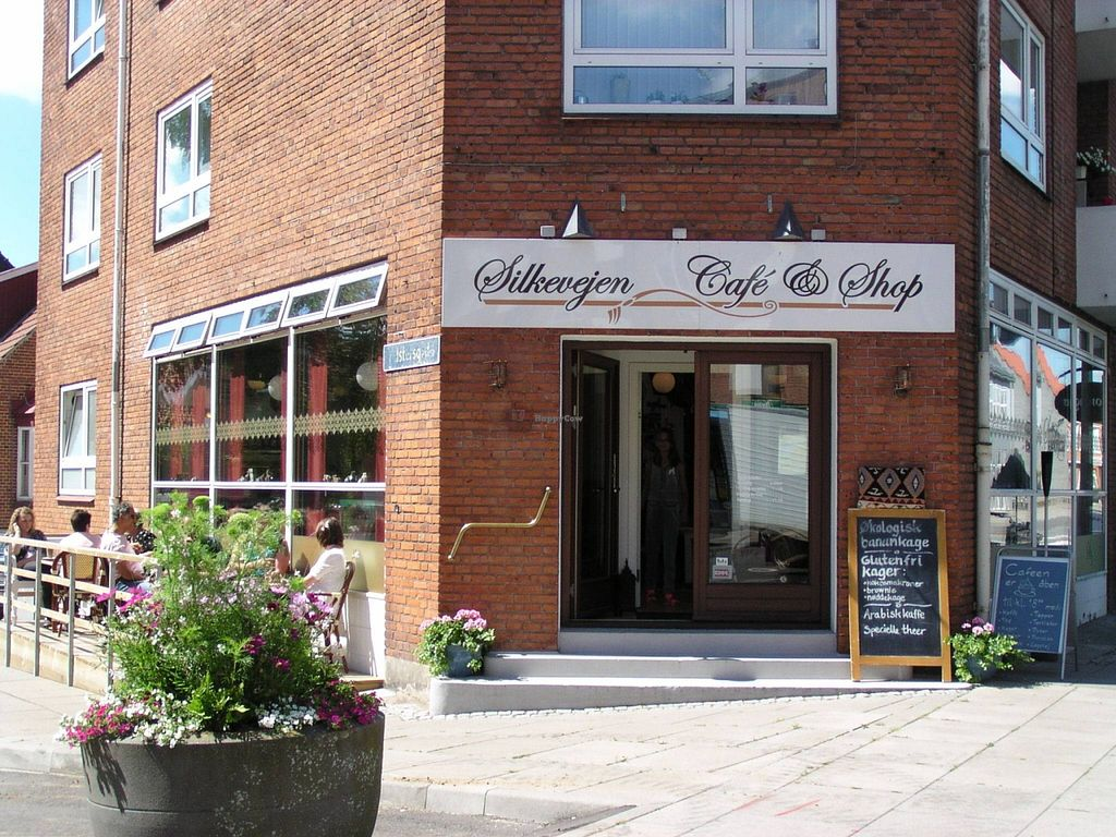 """Photo of Silkevejen Cafe and Shop  by <a href=""""/members/profile/eowhvadskerder"""">eowhvadskerder</a> <br/>  <br/> September 23, 2015  - <a href='/contact/abuse/image/51101/118827'>Report</a>"""