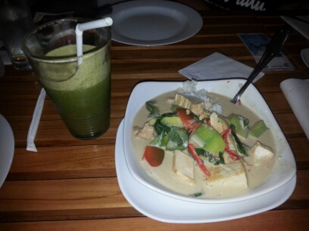 "Photo of CLOSED: Banana Leaf Vegan Thai Fusion  by <a href=""/members/profile/Cyclebilly"">Cyclebilly</a> <br/>Thai green curry and toxic flush smootie <br/> November 19, 2015  - <a href='/contact/abuse/image/51196/125535'>Report</a>"