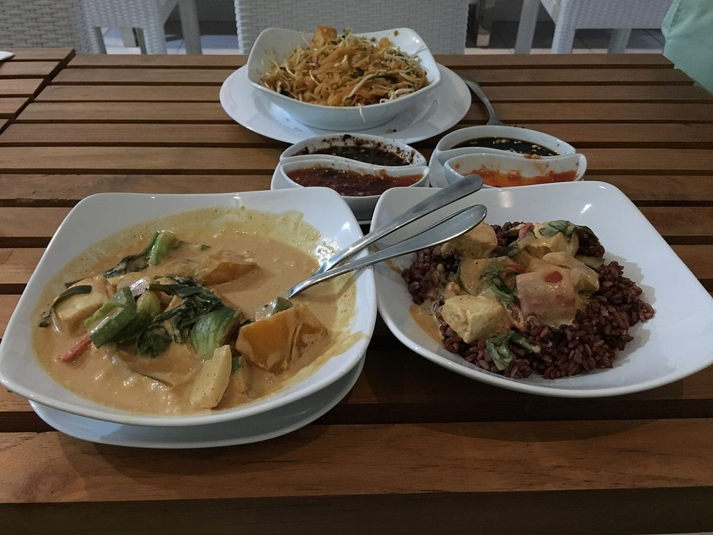 "Photo of CLOSED: Banana Leaf Vegan Thai Fusion  by <a href=""/members/profile/ty_kingdon"">ty_kingdon</a> <br/>Thai red curry with red rice and pad thai  <br/> February 9, 2016  - <a href='/contact/abuse/image/51196/135615'>Report</a>"