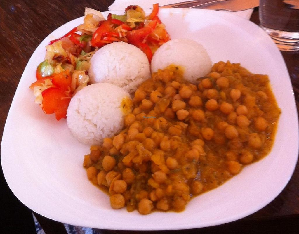 """Photo of HalmiSpace  by <a href=""""/members/profile/elbobro"""">elbobro</a> <br/>Chickpea and hokkaido sabji with rice with salad <br/> September 21, 2014  - <a href='/contact/abuse/image/51215/243732'>Report</a>"""