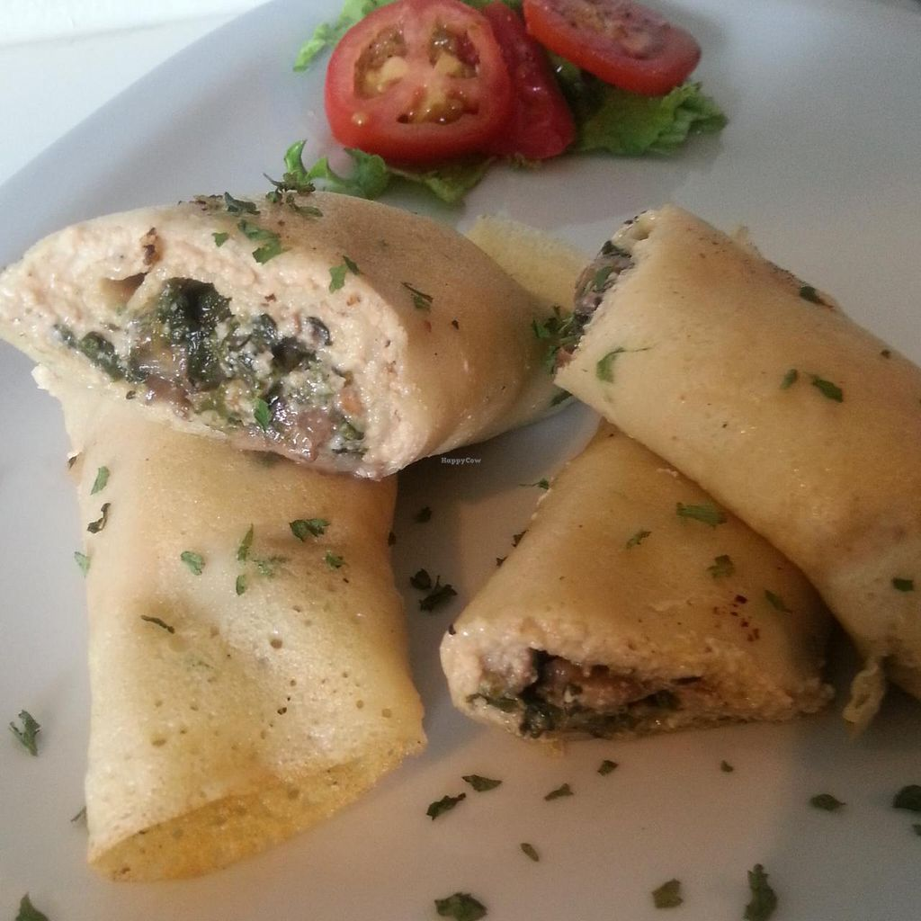 "Photo of The Youthful Vegan  by <a href=""/members/profile/Jeunesse"">Jeunesse</a> <br/>Mushroom and Spinach Crepes <br/> September 16, 2014  - <a href='/contact/abuse/image/51263/80151'>Report</a>"