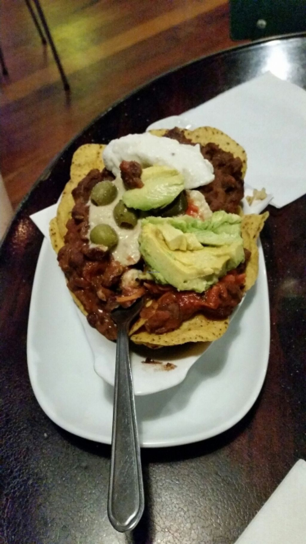 "Photo of Midnight Espresso Bar  by <a href=""/members/profile/AndyTheVWDude"">AndyTheVWDude</a> <br/>The small vege nacho main - plenty for 2 & tasty too <br/> May 7, 2016  - <a href='/contact/abuse/image/5126/147891'>Report</a>"