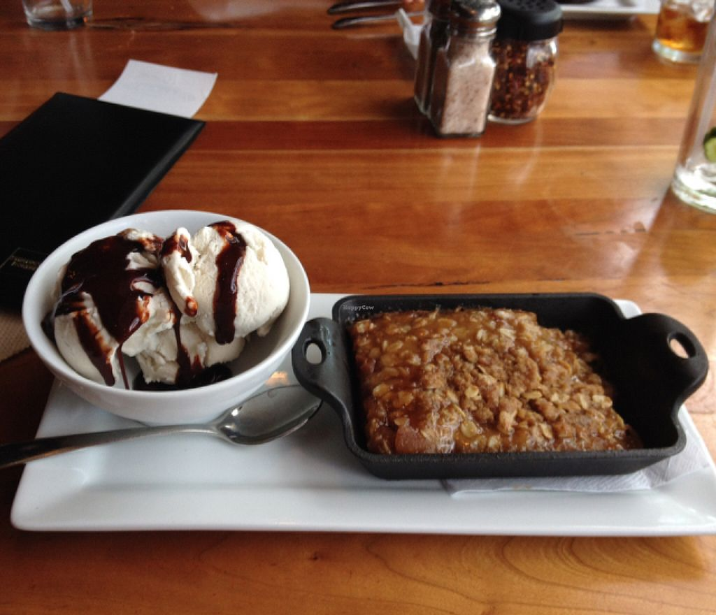 "Photo of Picazzo's Organic Italian Kitchen  by <a href=""/members/profile/Tigra220"">Tigra220</a> <br/>Apple Cobbler with coconut ice cream & chocolate syrup <br/> August 16, 2015  - <a href='/contact/abuse/image/51272/113891'>Report</a>"