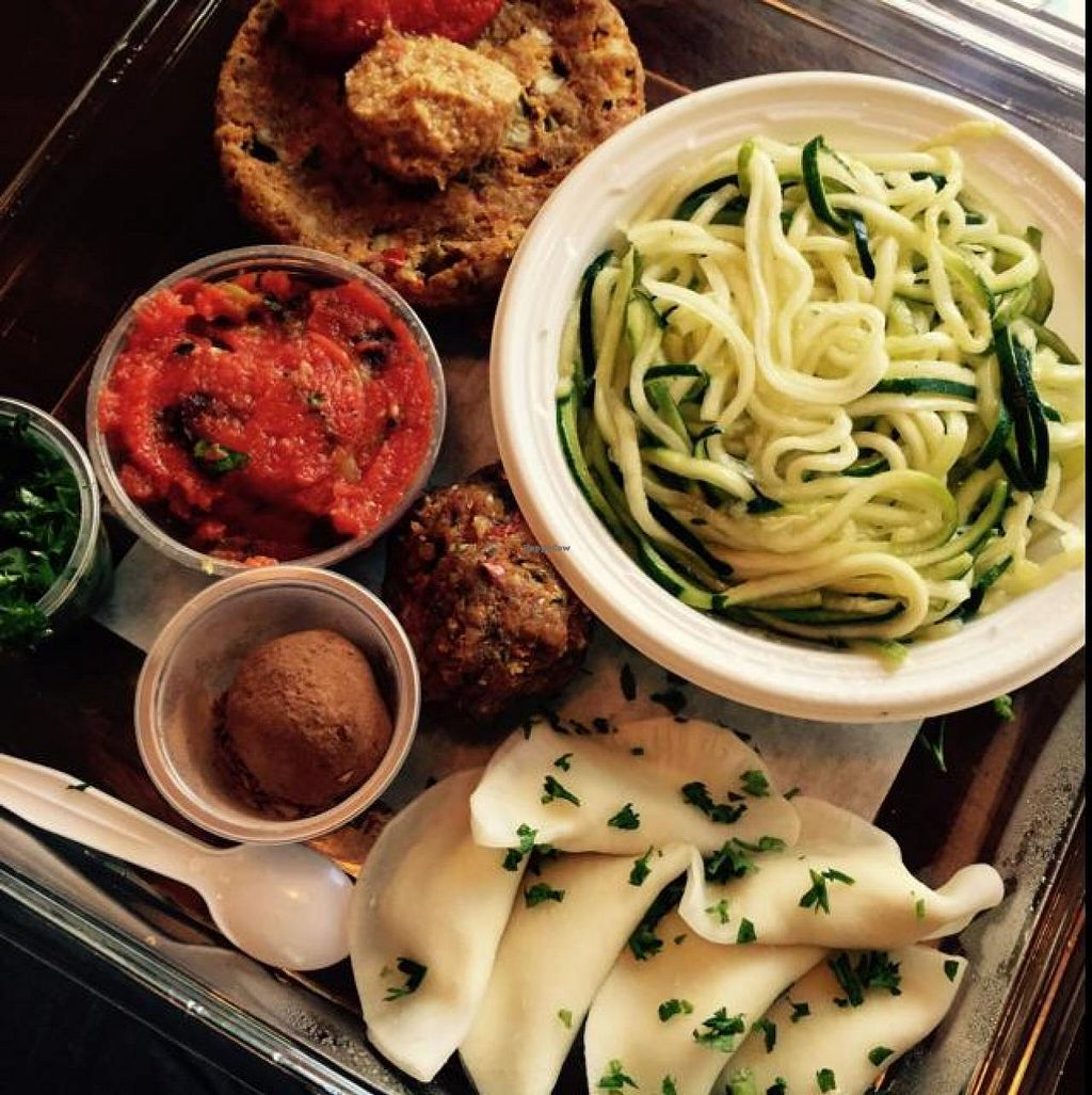 """Photo of Chicago Raw  by <a href=""""/members/profile/LauraBarilard"""">LauraBarilard</a> <br/>best meal ever <br/> October 26, 2014  - <a href='/contact/abuse/image/51283/83922'>Report</a>"""
