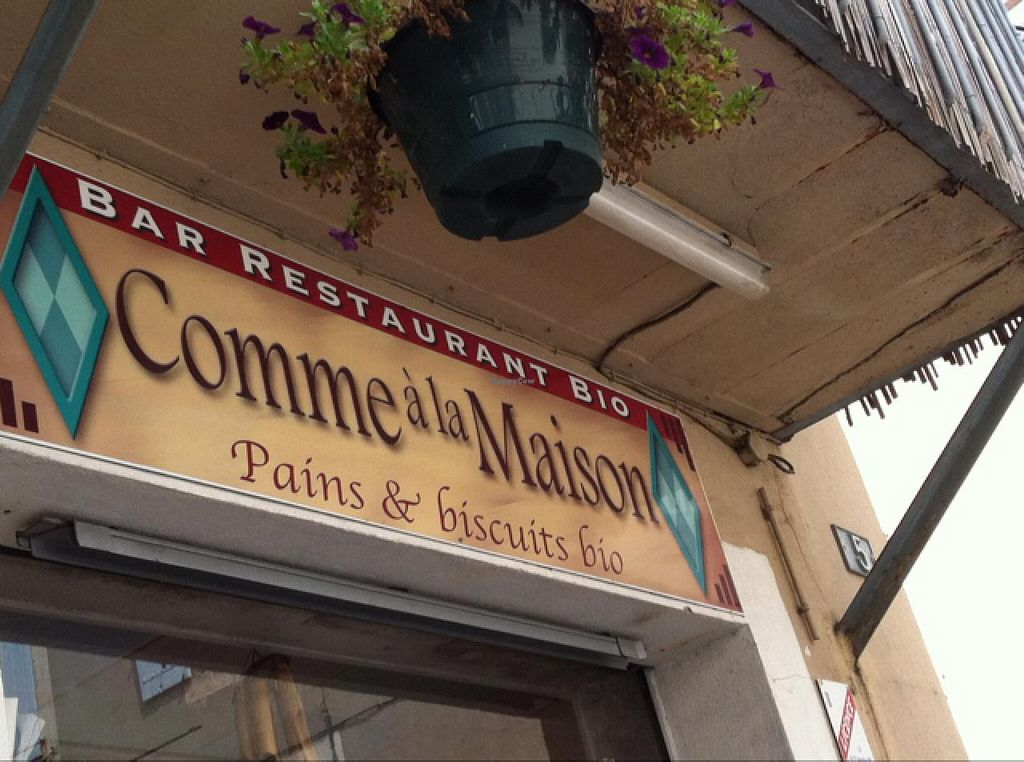 "Photo of Comme a la Maison  by <a href=""/members/profile/MaryJaneCgn"">MaryJaneCgn</a> <br/>entrance  <br/> April 29, 2015  - <a href='/contact/abuse/image/51285/100599'>Report</a>"