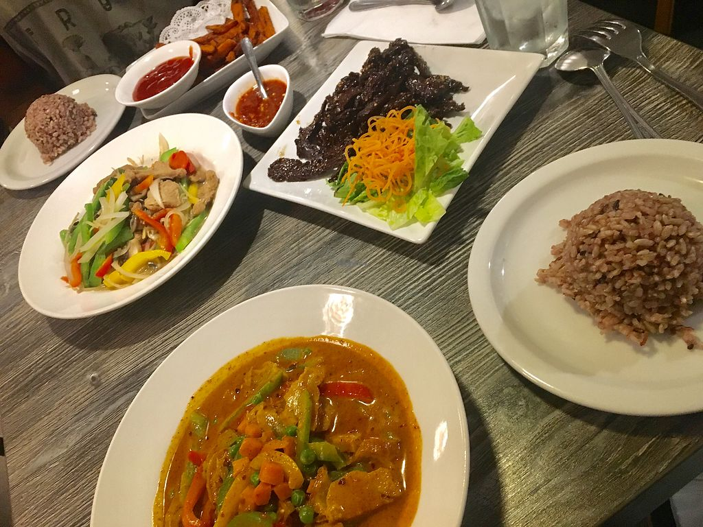 """Photo of Vegan Glory  by <a href=""""/members/profile/rickahir"""">rickahir</a> <br/>panang curry, beef jerky, sweet potato fries and fresh garlic beef <br/> September 4, 2017  - <a href='/contact/abuse/image/5129/300693'>Report</a>"""