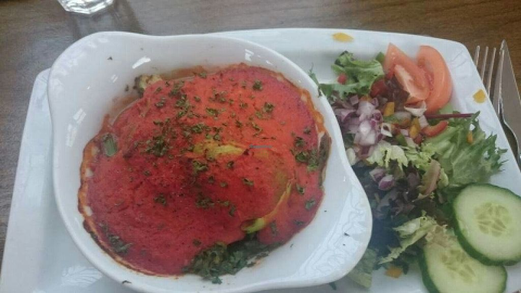 """Photo of The Golden Lion Pub  by <a href=""""/members/profile/Gupalsmurthpadacal"""">Gupalsmurthpadacal</a> <br/>baked avocado in sweet chili sauce (vegan) <br/> May 7, 2016  - <a href='/contact/abuse/image/51301/147854'>Report</a>"""