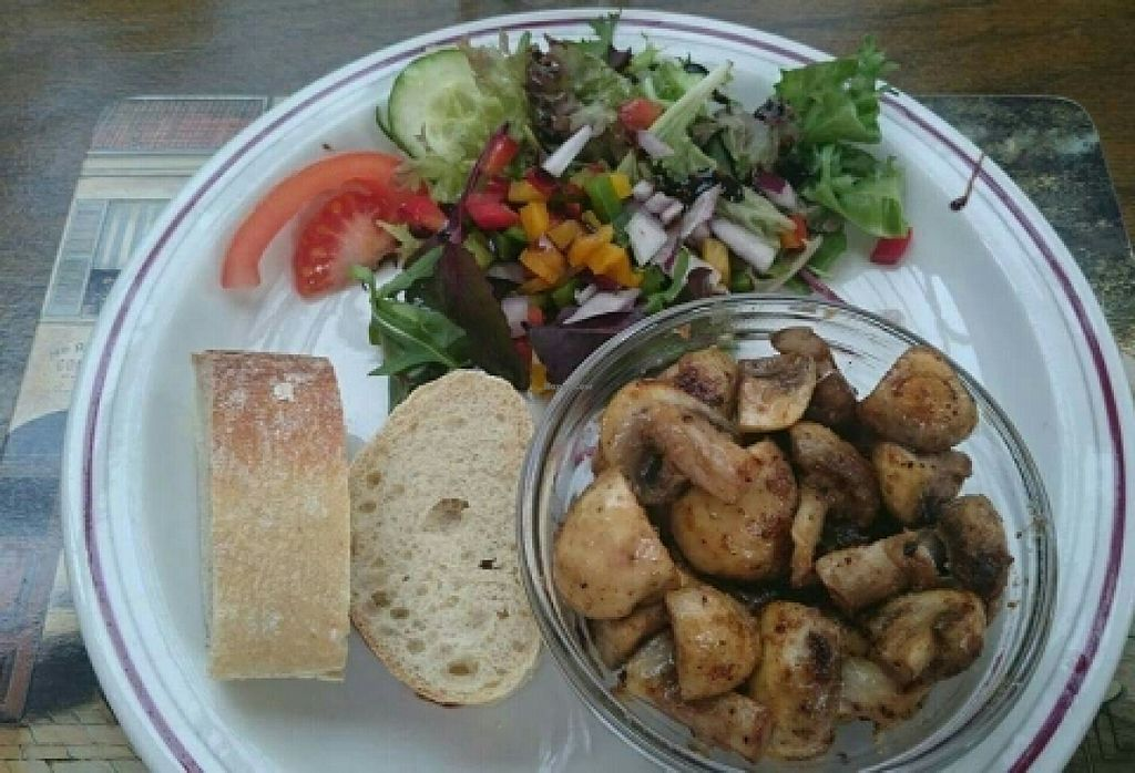 """Photo of The Golden Lion Pub  by <a href=""""/members/profile/Gupalsmurthpadacal"""">Gupalsmurthpadacal</a> <br/>vegan garlic mushroom starter <br/> May 7, 2016  - <a href='/contact/abuse/image/51301/147857'>Report</a>"""