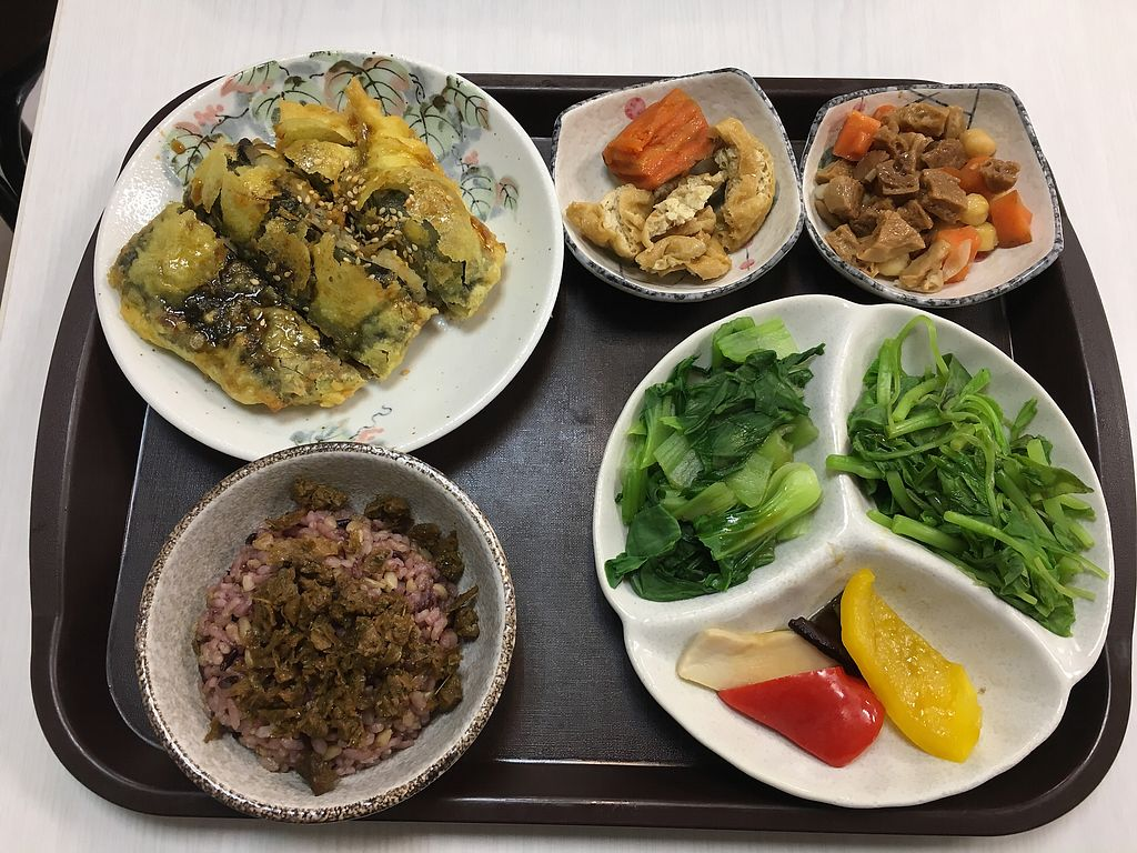 "Photo of Taiwan Su  by <a href=""/members/profile/AnnLiu"">AnnLiu</a> <br/>Burdock steak made wit burdock, potatoes, nori are really delicious <br/> April 13, 2018  - <a href='/contact/abuse/image/51322/385181'>Report</a>"
