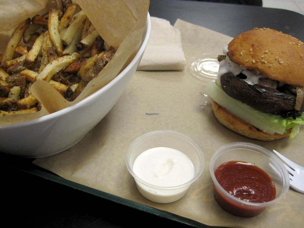 """Photo of Copper Branch - Atwater  by <a href=""""/members/profile/Babette"""">Babette</a> <br/>Musroom galaxy burger... very messy to eat, but oh so flavorful.  House-baked fried with lemon juice and spices.  Ketchup and vegan mayo (no extra charge) <br/> June 4, 2015  - <a href='/contact/abuse/image/51326/104817'>Report</a>"""