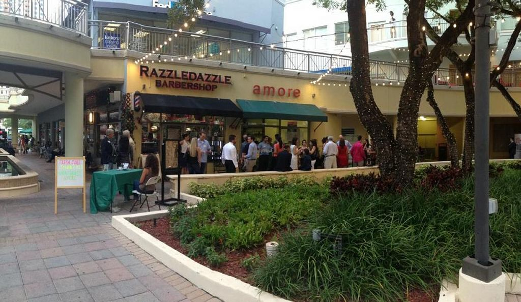 "Photo of CLOSED: Amore Juice and Gelato  by <a href=""/members/profile/amorejuicegelato"">amorejuicegelato</a> <br/>Fun friendly meetup! Amore Juice & Gelato inside Mary Brickell Village <br/> September 17, 2014  - <a href='/contact/abuse/image/51343/80262'>Report</a>"
