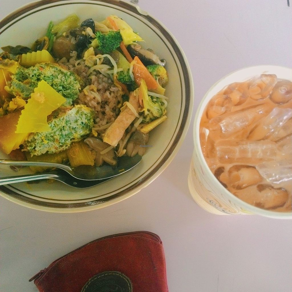 """Photo of Food for Health - Food Stall  by <a href=""""/members/profile/Plae"""">Plae</a> <br/>Mostly are Thai and Chinese vegetarian food. Really inexpensive price because most customers are students.  <br/> April 17, 2016  - <a href='/contact/abuse/image/51365/144976'>Report</a>"""