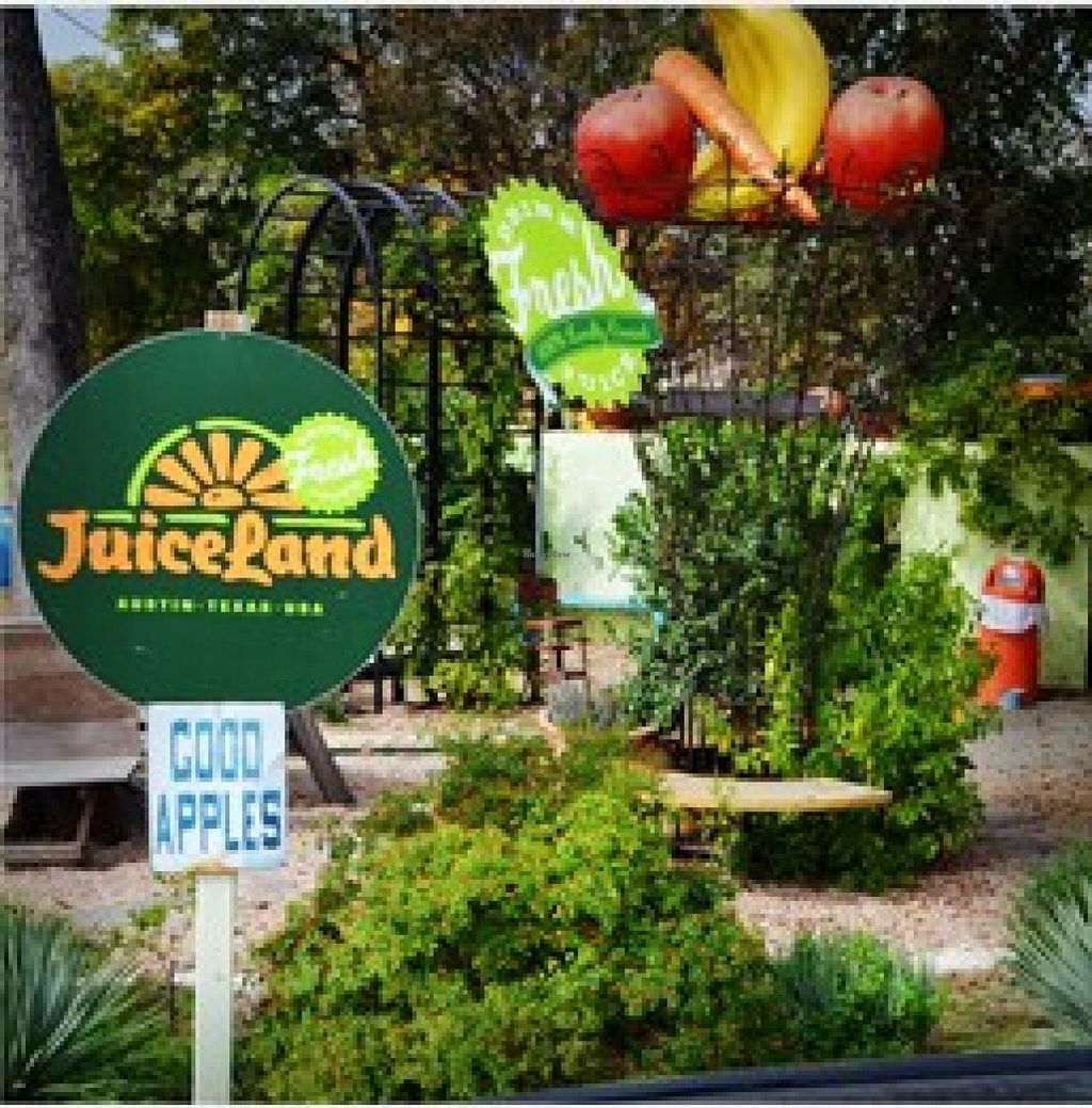 "Photo of JuiceLand - Deep Eddy  by <a href=""/members/profile/community"">community</a> <br/>JuiceLand <br/> September 19, 2014  - <a href='/contact/abuse/image/51491/80422'>Report</a>"