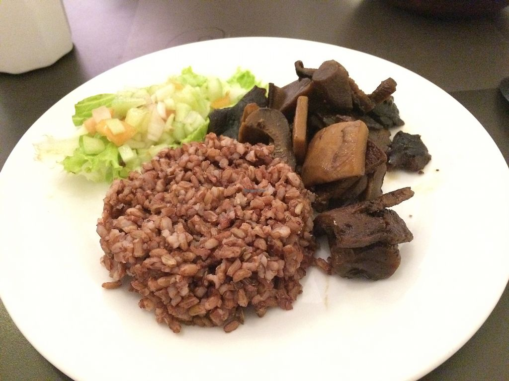 """Photo of Juicesabel  by <a href=""""/members/profile/Ellen_Hlx"""">Ellen_Hlx</a> <br/>Coconut meat, tofu and mushroom :) <br/> November 28, 2017  - <a href='/contact/abuse/image/51511/330015'>Report</a>"""
