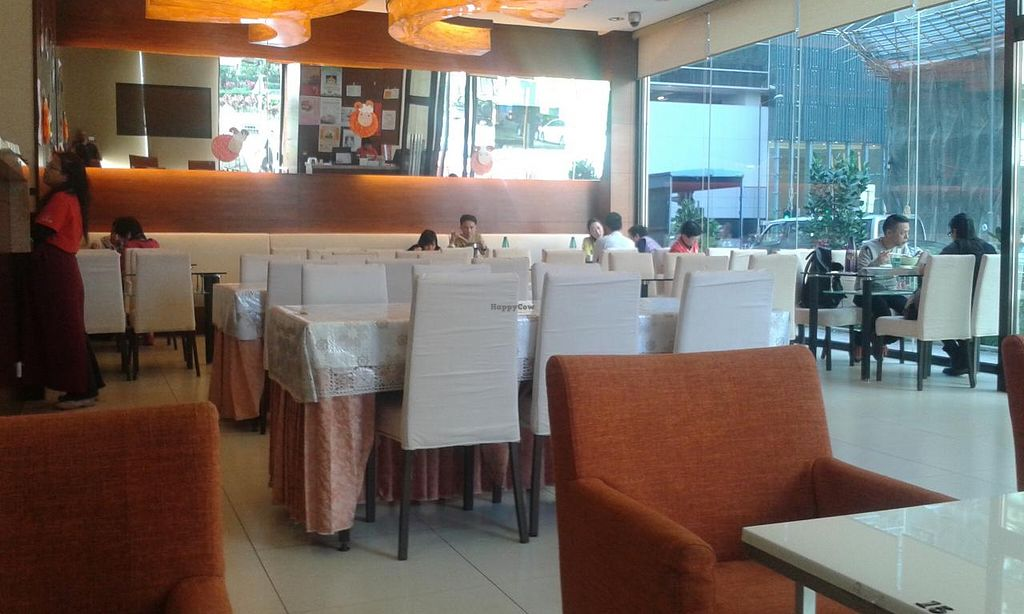 """Photo of Tishifang Tea House - Kowloon Bay  by <a href=""""/members/profile/Stevie"""">Stevie</a> <br/>Inside <br/> March 28, 2015  - <a href='/contact/abuse/image/51534/97233'>Report</a>"""