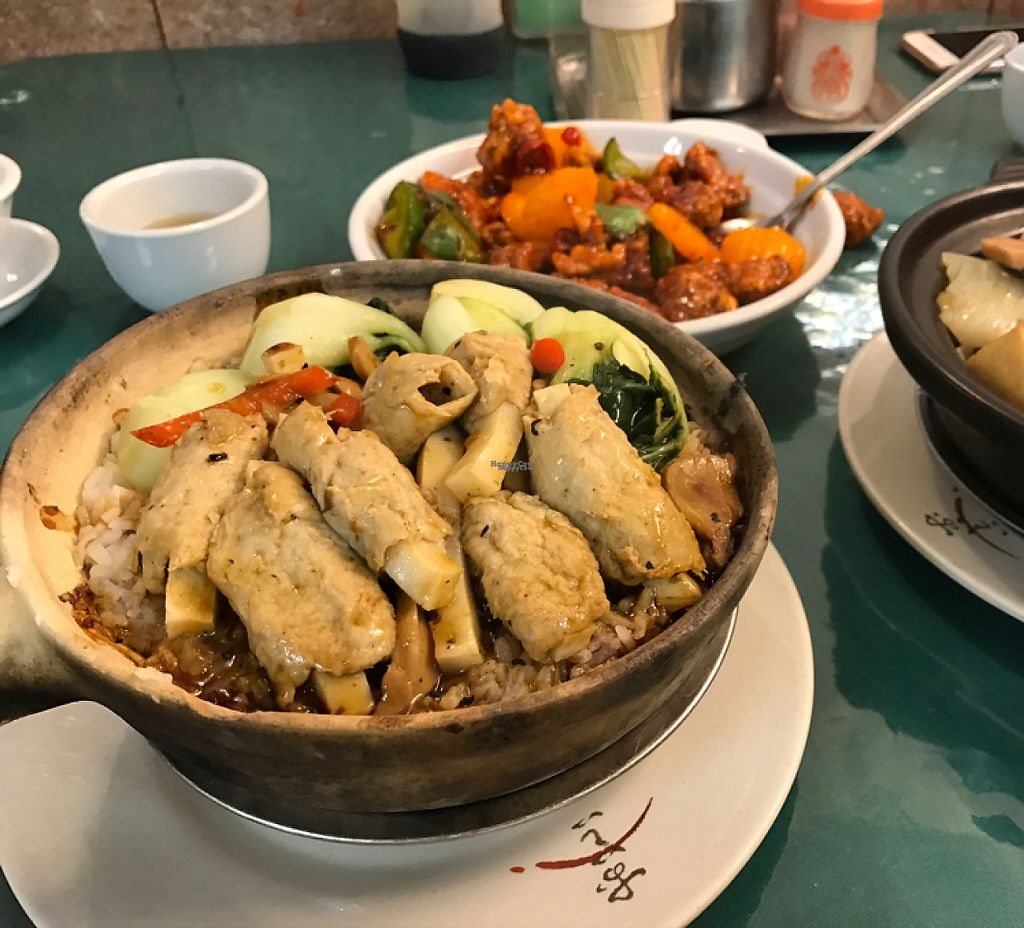"Photo of Miu Fat Chai - Tuen Mun  by <a href=""/members/profile/Happychillieat"">Happychillieat</a> <br/>clay pot rice with black bean sauce  <br/> January 24, 2017  - <a href='/contact/abuse/image/51572/215558'>Report</a>"