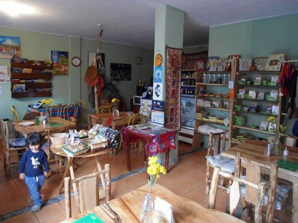 "Photo of Tienda Sumak  by <a href=""/members/profile/community"">community</a> <br/>Tienda Sumak <br/> September 22, 2014  - <a href='/contact/abuse/image/51609/80738'>Report</a>"