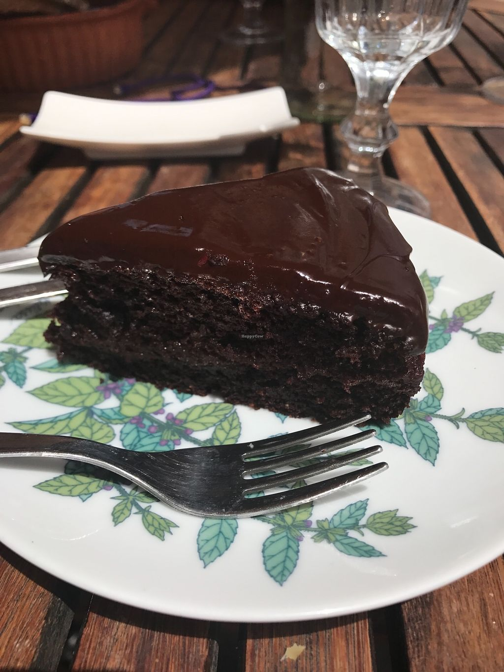 "Photo of Baobab Juice Bar Casa Vegetariana  by <a href=""/members/profile/EllisS"">EllisS</a> <br/>Chocolate and raspberry cake <br/> July 30, 2017  - <a href='/contact/abuse/image/51671/286596'>Report</a>"