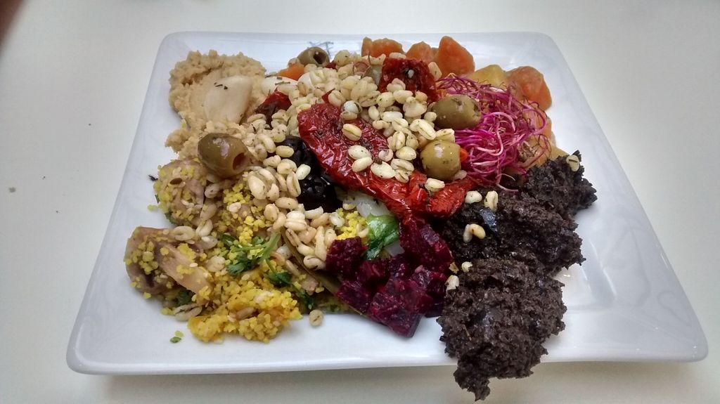 """Photo of La Verriere  by <a href=""""/members/profile/JonJon"""">JonJon</a> <br/>Hot and cold dishes from the buffet <br/> October 10, 2015  - <a href='/contact/abuse/image/51744/120804'>Report</a>"""