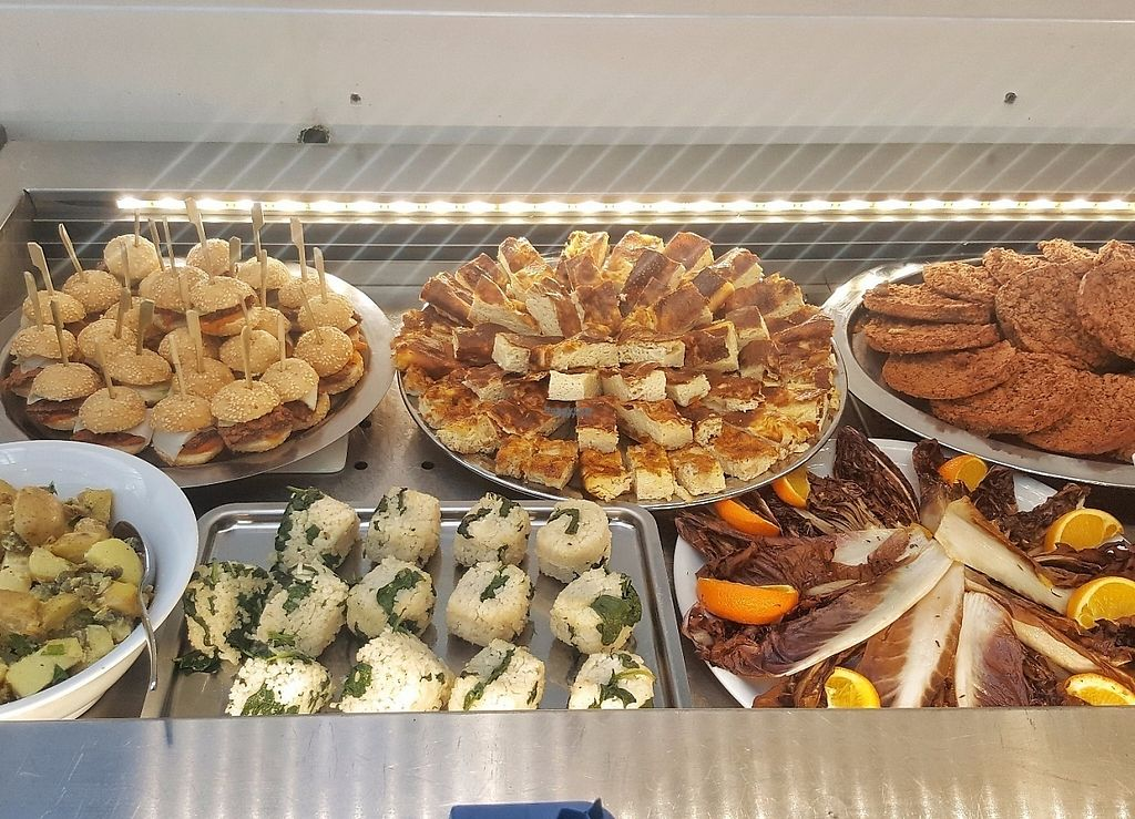 """Photo of La Verriere  by <a href=""""/members/profile/MarinaS"""">MarinaS</a> <br/>veg buffet <br/> April 10, 2017  - <a href='/contact/abuse/image/51744/246682'>Report</a>"""