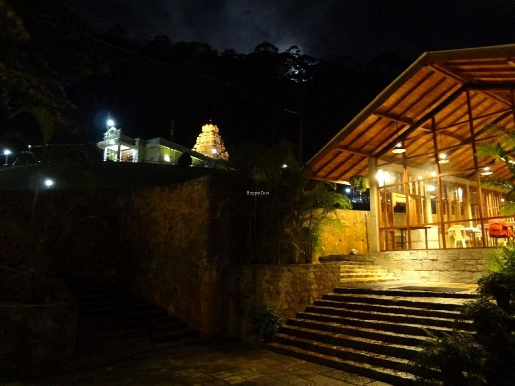 "Photo of Annapurni  by <a href=""/members/profile/darshanchaitanya"">darshanchaitanya</a> <br/>Annpurni Vegetarian Dining in the backdrop of Shri Bhakta Hanuman Temple <br/> September 30, 2014  - <a href='/contact/abuse/image/51801/81673'>Report</a>"