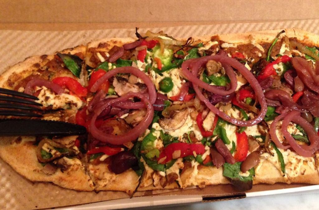 "Photo of &pizza  by <a href=""/members/profile/HamidSh"">HamidSh</a> <br/>vegan pizza <br/> March 21, 2015  - <a href='/contact/abuse/image/51845/201752'>Report</a>"