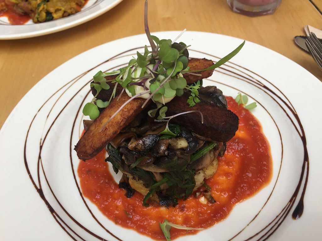 """Photo of Cafe Royale  by <a href=""""/members/profile/Tiggy"""">Tiggy</a> <br/>Mushroom hash $17.50 - Good but potato not so hashy <br/> January 6, 2018  - <a href='/contact/abuse/image/51920/343491'>Report</a>"""