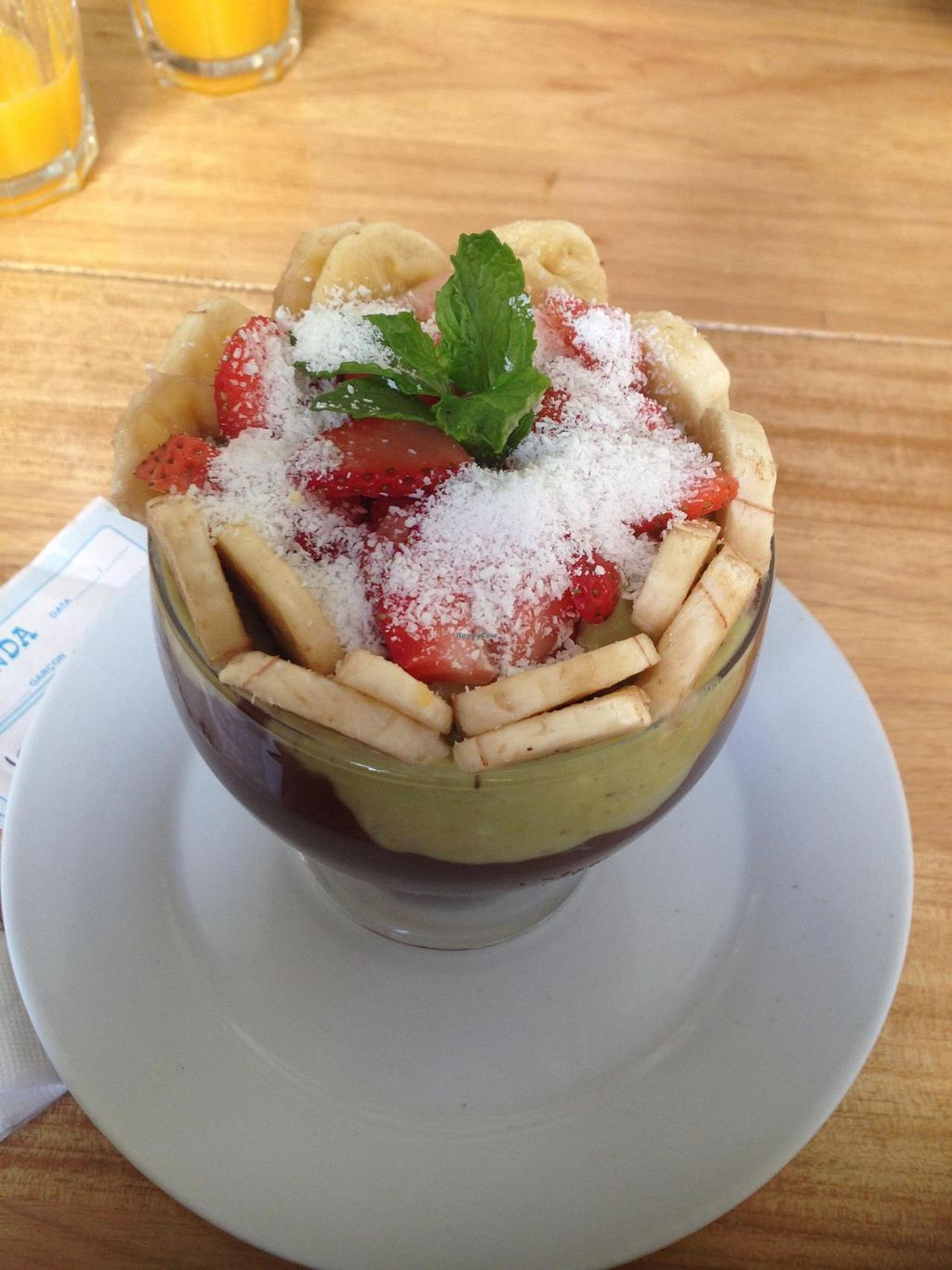 """Photo of Barao Natural - Baraozinho  by <a href=""""/members/profile/Paolla"""">Paolla</a> <br/>One of the options of desserts: fruit bowl with avocado cream and cocoa <br/> October 5, 2014  - <a href='/contact/abuse/image/51963/82224'>Report</a>"""