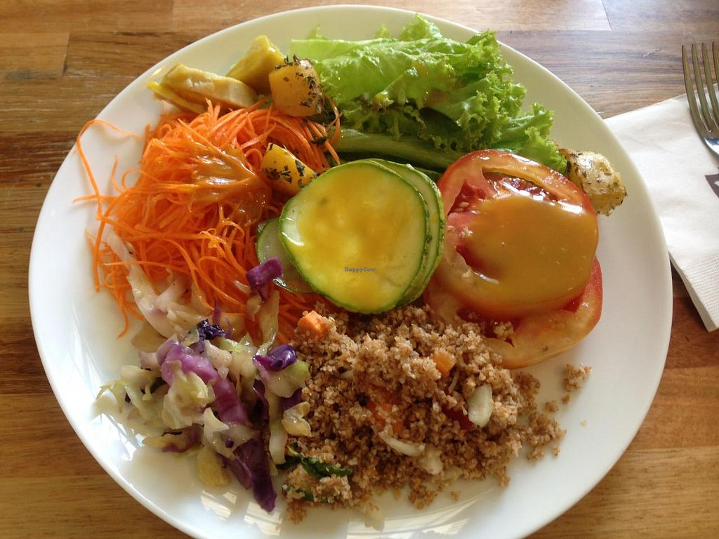 """Photo of Barao Natural - Baraozinho  by <a href=""""/members/profile/Paolla"""">Paolla</a> <br/>Options from the salad buffet <br/> January 10, 2015  - <a href='/contact/abuse/image/51963/90047'>Report</a>"""