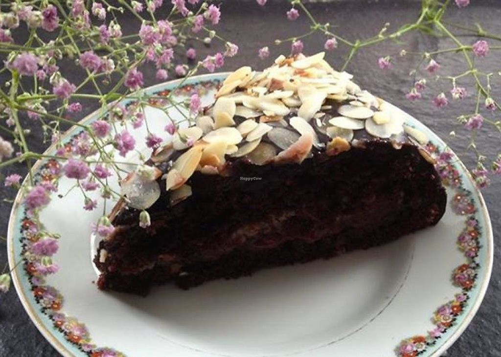 "Photo of Nahore  by <a href=""/members/profile/community"">community</a> <br/>chocolate cake  <br/> October 9, 2014  - <a href='/contact/abuse/image/51986/237535'>Report</a>"
