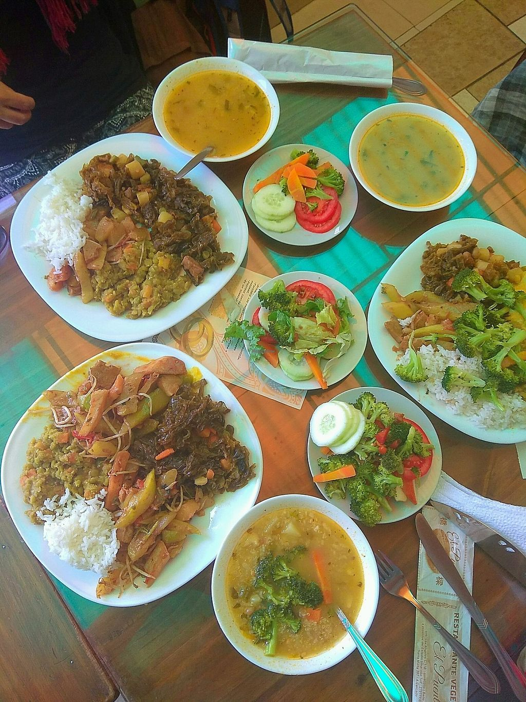 """Photo of El Puente 1  by <a href=""""/members/profile/WayneB"""">WayneB</a> <br/>4 options with kelp, salad, soup.  <br/> March 22, 2018  - <a href='/contact/abuse/image/51998/374512'>Report</a>"""