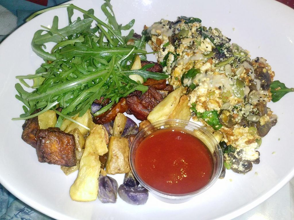 """Photo of Root Down - Airport  by <a href=""""/members/profile/Sonja%20and%20Dirk"""">Sonja and Dirk</a> <br/>tofu scramble <br/> February 16, 2015  - <a href='/contact/abuse/image/52012/93287'>Report</a>"""