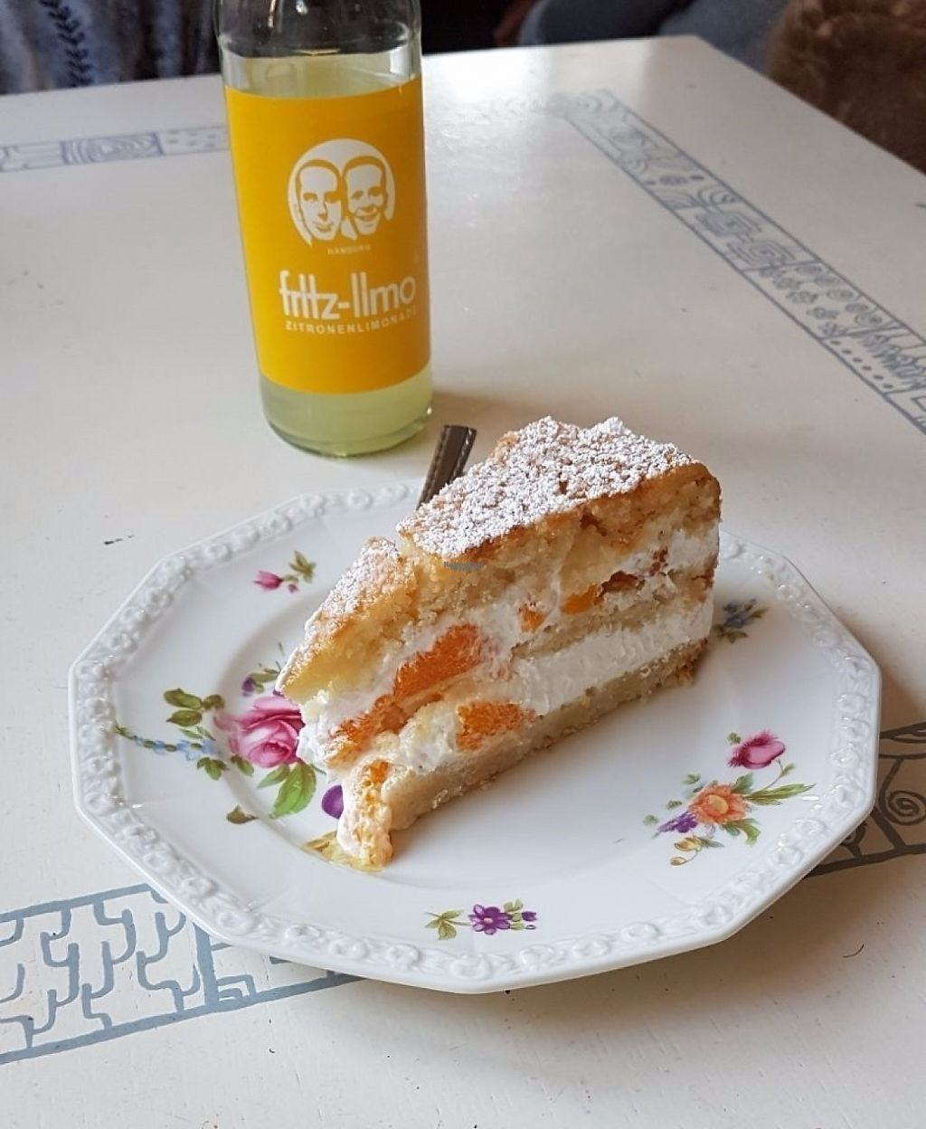 "Photo of Kruemelkueche  by <a href=""/members/profile/mon1que"">mon1que</a> <br/>Yummy vegan tangerine cake <br/> March 27, 2017  - <a href='/contact/abuse/image/52017/241689'>Report</a>"