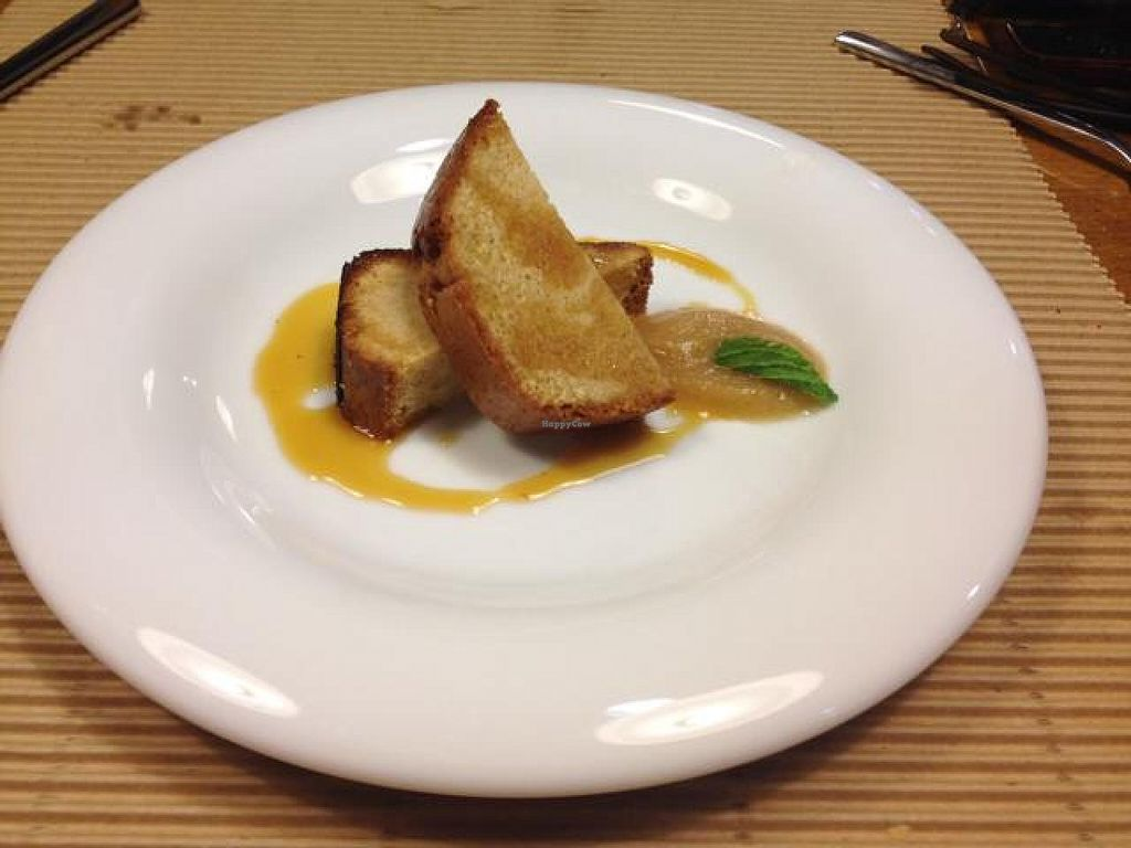"""Photo of Km.0  by <a href=""""/members/profile/Duo"""">Duo</a> <br/>Bizkotxo cake with orange sauce  <br/> October 19, 2014  - <a href='/contact/abuse/image/52139/83365'>Report</a>"""