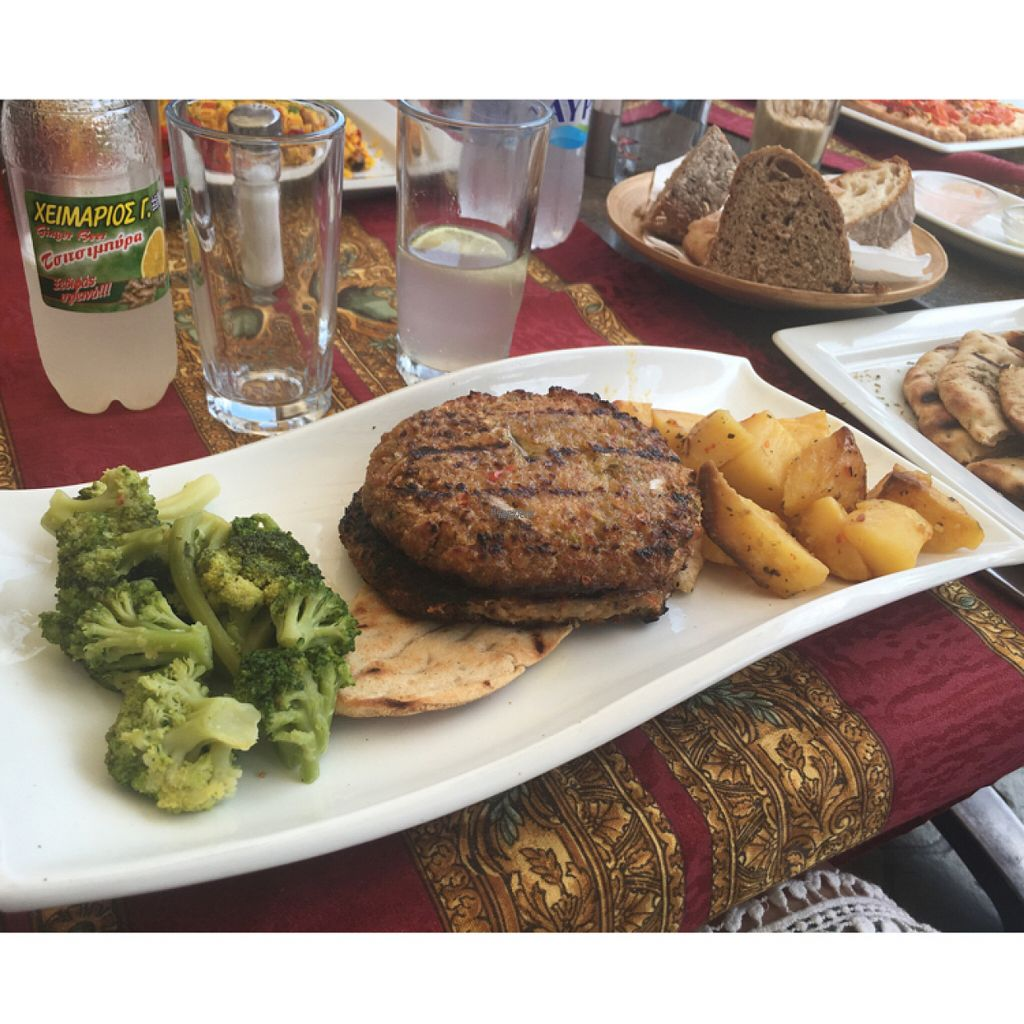 "Photo of Gran Aladino  by <a href=""/members/profile/Elizabethvegan"">Elizabethvegan</a> <br/>soya burgers  <br/> August 12, 2016  - <a href='/contact/abuse/image/52144/167864'>Report</a>"