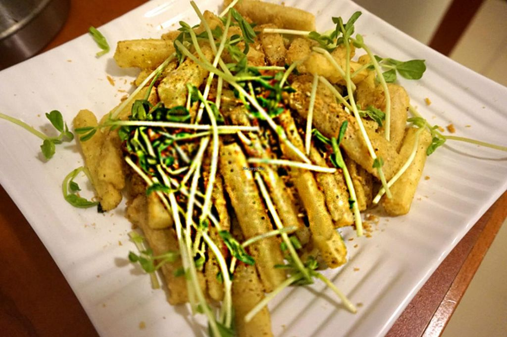 """Photo of Meet At Sakura Veggie  by <a href=""""/members/profile/Stevie"""">Stevie</a> <br/>6 <br/> June 12, 2015  - <a href='/contact/abuse/image/52169/105649'>Report</a>"""