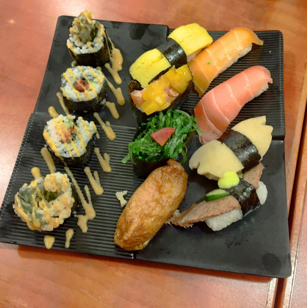 """Photo of Meet At Sakura Veggie  by <a href=""""/members/profile/htenbos"""">htenbos</a> <br/>sushi set <br/> May 1, 2016  - <a href='/contact/abuse/image/52169/147038'>Report</a>"""