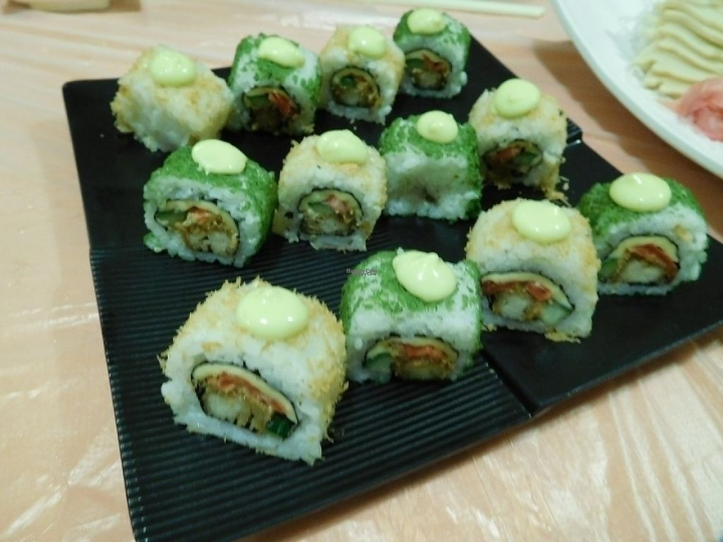 """Photo of Meet At Sakura Veggie  by <a href=""""/members/profile/EvelynHo"""">EvelynHo</a> <br/>sushi <br/> November 27, 2016  - <a href='/contact/abuse/image/52169/195200'>Report</a>"""